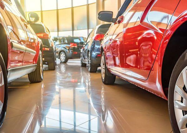 Приобретение автомобилей в автосалоне