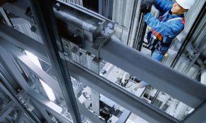 Эффективным и надежным лифт будет только при наличии контракта на техническое и сервисное обслуживание